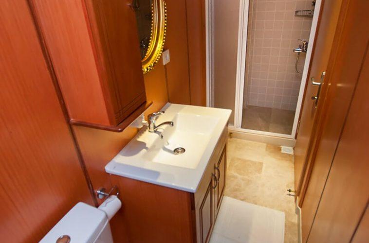 Bathroom-view-10