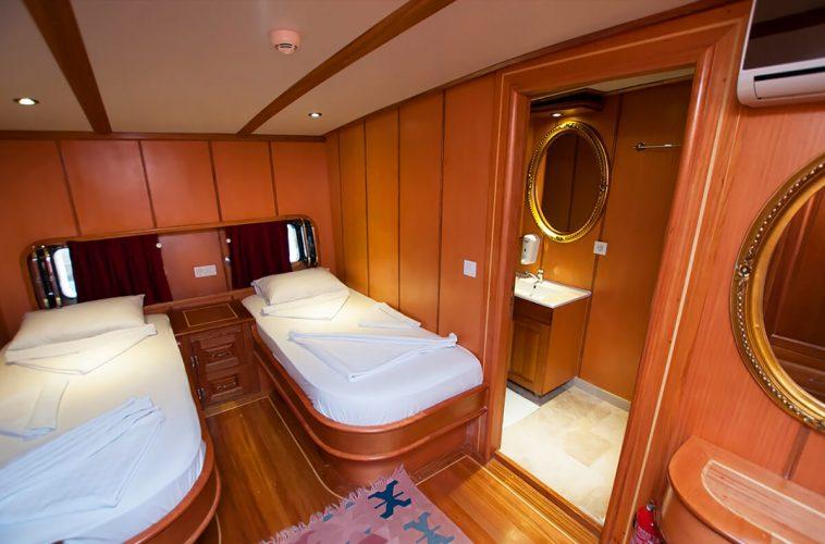 Twin-cabin-7