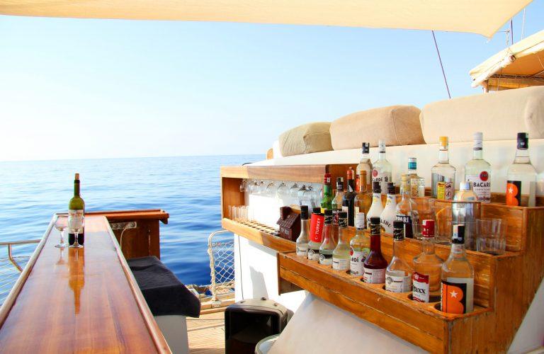 boat-bar